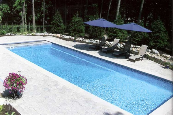 Island Breeze Pool Under Track Indianapolis