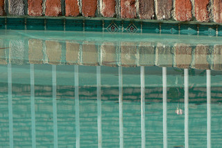 Perma Pools: waterline tile